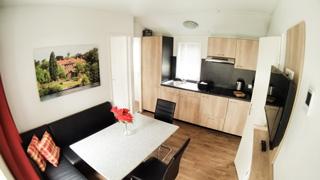 mobilheime mobilheimvermietung seeblick badestrand. Black Bedroom Furniture Sets. Home Design Ideas